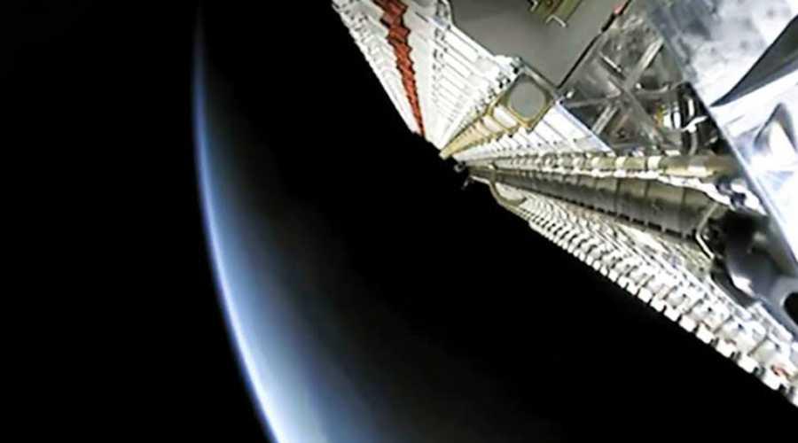 Photo of Gökbilimciler SpaceX uydu ağının zararını aktarıyor